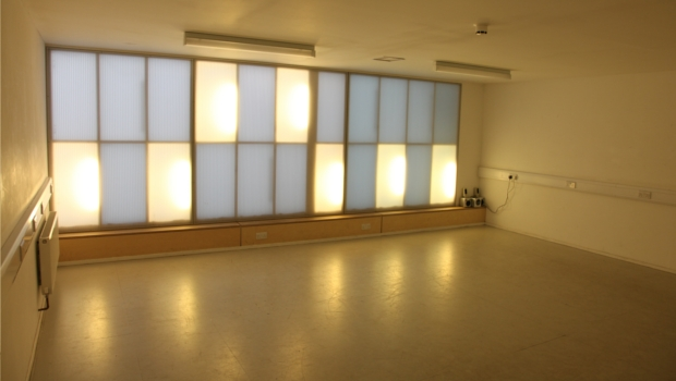 The Cutting Room at night time. Empty studio space to hire. Suitable for a variety of events including yoga, pilates, group classes and meetings.